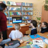 В Штандинской сельской библиотеке прошел конкурс детских поделок «Стартуют в космос корабли»
