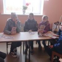 Час информации ко Дню национального костюма в Тучубаевской сельской библиотеке