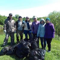 ADMIN Сегодня присоединились к Всероссийской акции «Чистые берега». Работники отдела культуры очистили от мусора прибрежную зону реки Быстрый Танып!