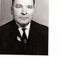 Гареев Аслям Гареевич родился 27 сентября 1918 года в д. Усманово Норкинской волости, Бирского уезда, Уфимской губернии, в семье крестьянина – середняка
