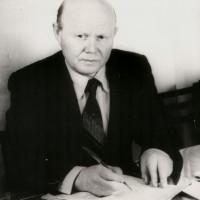 Мазгаров Ахнаф Мазгарович родился 8 марта 1926 года в деревне Чурапаново Балтачевского района в семье крестьянина.