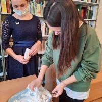 В Балтачевской центральной библиотеке прошел интеллектуальный урок «Славные имена в науке» приуроченный ко Дню российской науки