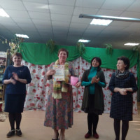 Именно этими словами (19 марта) открылся конкурс стихов «Весеннее вдохновение», посвященный Всемирному дню поэзии, в нашей библиотеке.