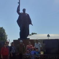 Староянбаевская сельская модельная библиотека и Староянбаевский сельский дом культуры организовали час памяти «Они сражались за Родину».
