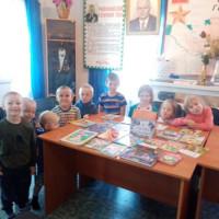 В Асавской библиотеке прошла экскурсия для дошкольников